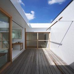 Wooden Accent Futakoshinchi House Terraces With - Karbonix