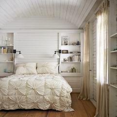 Wooden Floor Neat Bookshelves On The Wall Romantic Bedroom - Karbonix