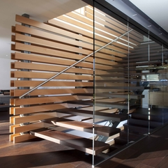 Wooden Staircase Design In Cozy House With Modern Architecture By - Karbonix